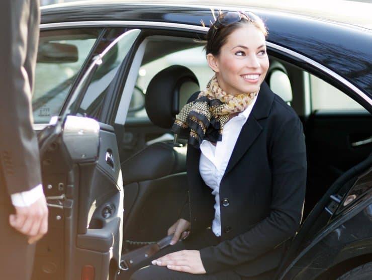 Woking Minicabs VIP Chauffeur